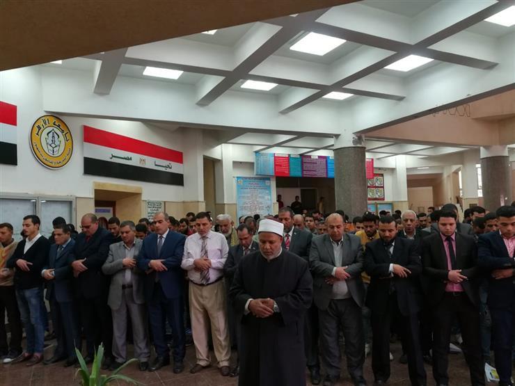 نائب رئيس جامعة الأزهر يؤدي صلاة الغائب على شهداء مسجدي  نيوزيلندا بفرع دمنهور