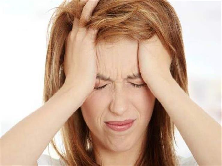 7 أسباب للإصابة بالصداع النصفي.. تعرف عليها (انفوجراف)