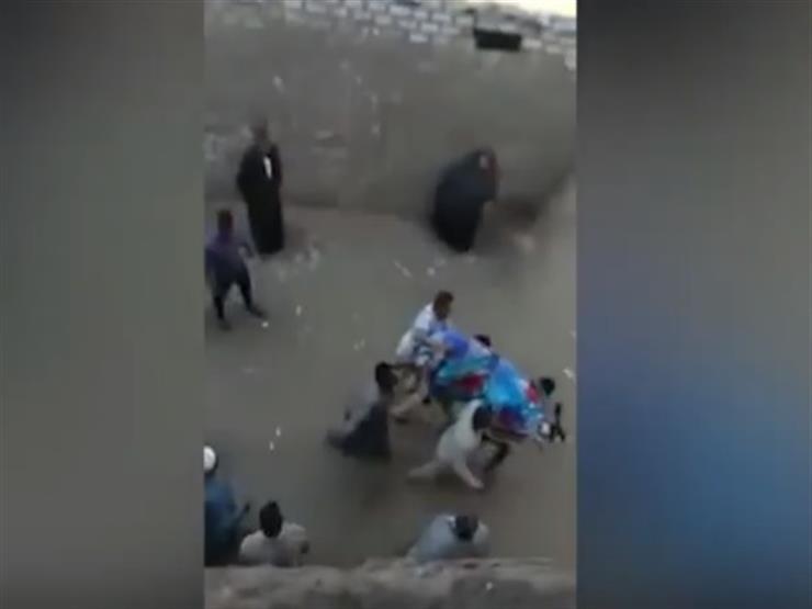 """""""مقتل 5 أشخاص"""".. اللقطات الأولى من موقع حادث أوسيم"""
