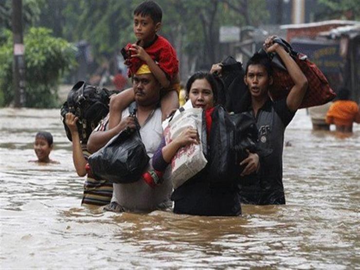 ارتفاع حصيلة ضحايا الفيضانات في إندونيسيا إلى 92