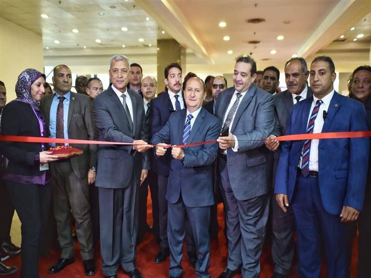 وزير التجارة يفتتح الدورة 52 لمعرض القاهرة الدولي