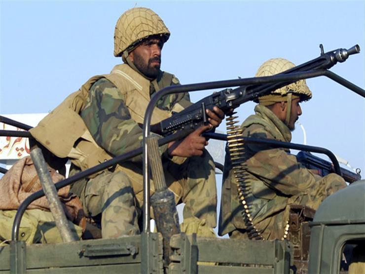 القوات الباكستانية تؤكد تحرير 4 جنود إيرانيين مختطفين