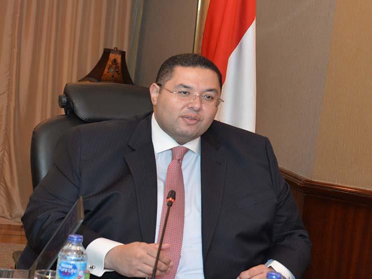 """وكيل محافظ المركزي لمصراوي: وافقنا لـ 9 بنوك على إصدار كارت """"ميزة"""""""