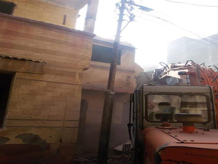 حملة لإزالة المنازل ذات الخطورة والإشغالات بدمياط