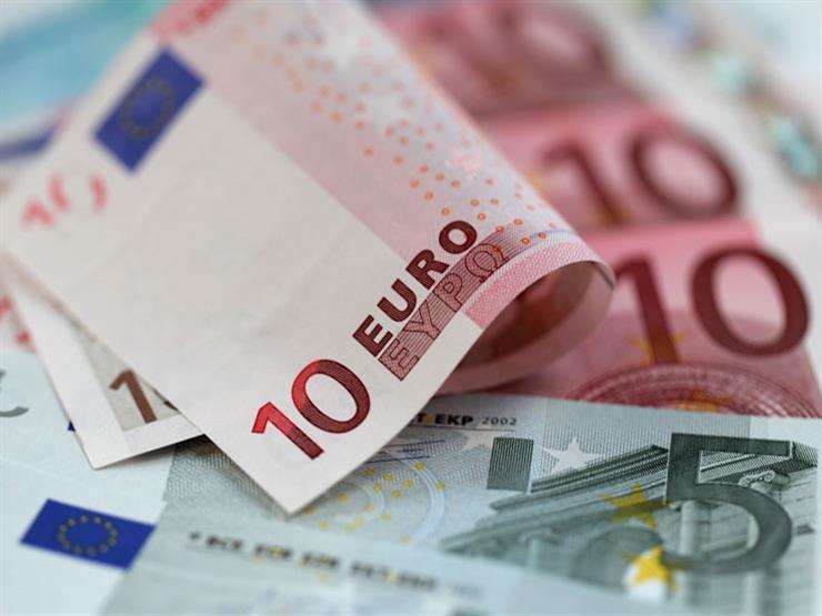 اليورو يرتفع وحيدا.. 6 عملات تهبط أمام الجنيه خلال أسبوع