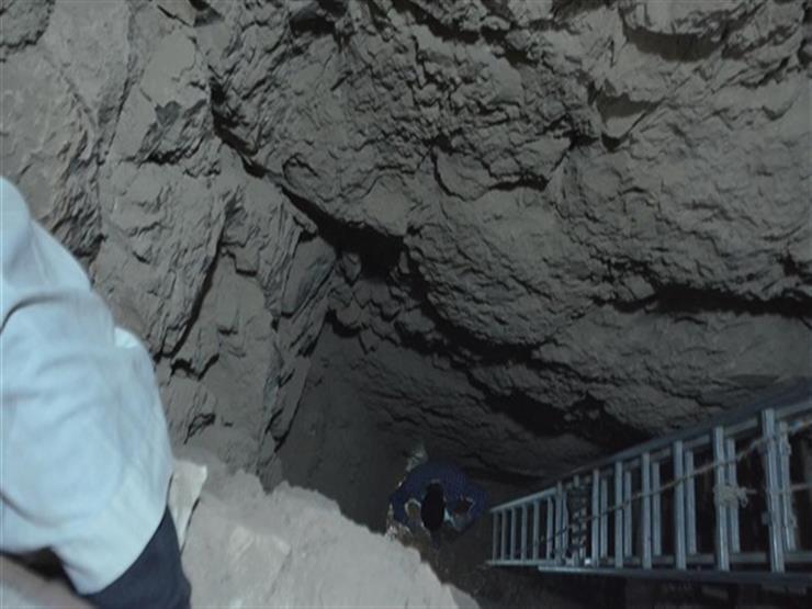 حلم الثراء انتهى في حفرة.. مصرع شابين ينقبان عن الآثار بالعياط