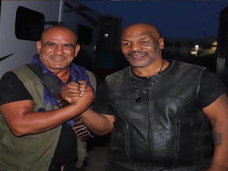 """محمد لطفي مع مايك تايسون من كواليس """"حملة فرعون"""": """"أحضان الأسود"""""""