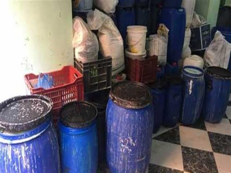 ضبط 15 طن منظفات مجهولة المصدر بالإسكندرية