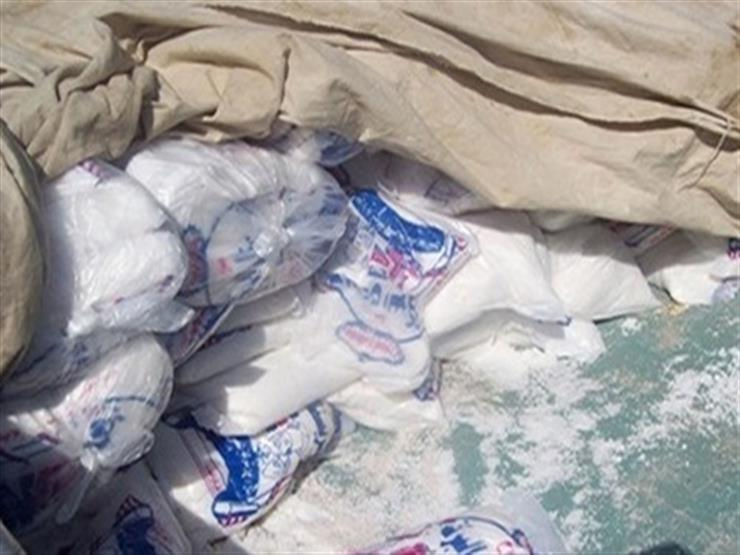 """ضبط 1.5 طن ملح فاسد قبل استخدامه في صناعة """"الفسيخ"""" ببورسعيد"""
