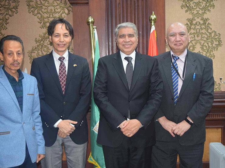 """محافظ المنيا يبحث مع مدير """"الجايكا"""" اليابانية التعاون في المجالات التعليمية"""