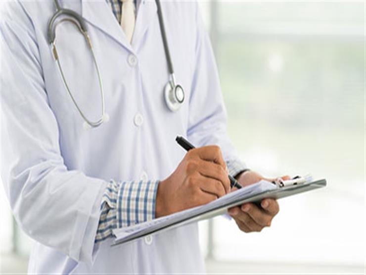 الوزراء يوضح حقيقة تطبيق نظام جديد لتكليف الأطباء العام المقبل