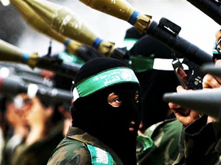 """جماعات مسلحة في غزة تطلق """"وابلا من الصواريخ"""" على إسرائيل"""