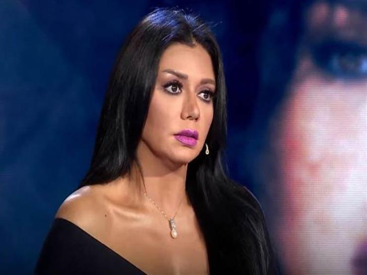 رانيا يوسف تنعي والدة أحمد صلاح حسني