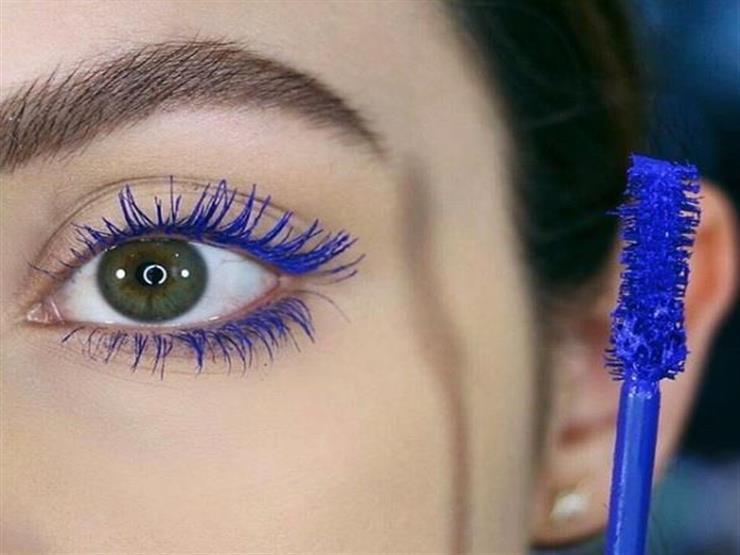 الماسكارا الملونة لعيون جريئة تخطف الأنظار