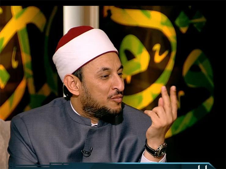 بالفيديو.. عبد المعز: الشيطان شغله الشاغل إنه يجعلك في فقر.. وهذا الأمر يغيظه
