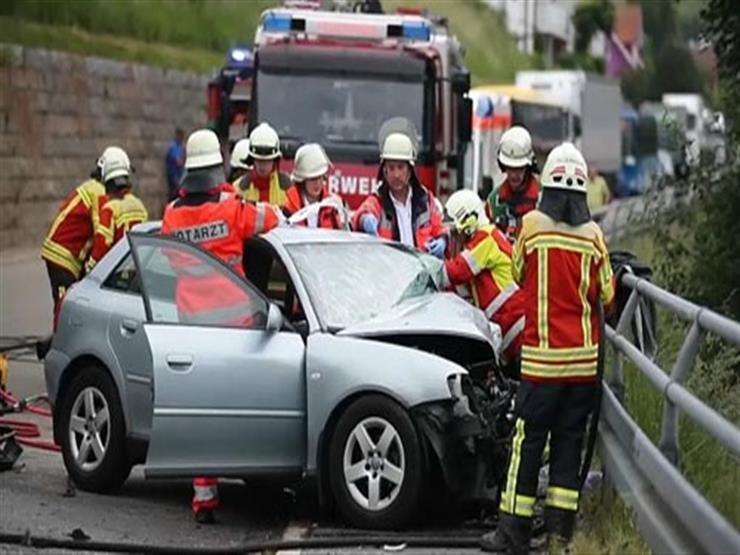 إصابة 16 شخصا جراء تصادم حافلة مدرسية بسيارة في ألمانيا