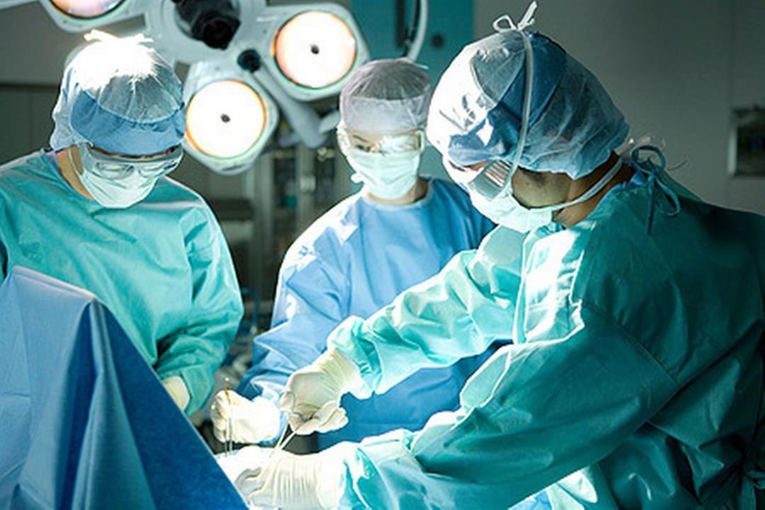 فريق طبي بطنطا ينجح في إعادة نصف ذراع مبتور لطفل
