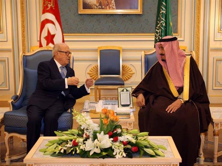 تونس توقع اتفاقيتي قرض مع السعودية في لقاء السبسي والملك سلمان