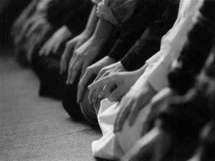 حكم صلاة الأبكم الذي يصعب عليه حفظ القرآن ونطقه.. المفتي السابق يوضح