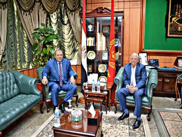 وزير القوي العاملة يناقش قضايا عمالية مع محافظ بورسعيد