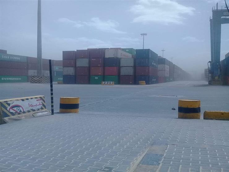 إغلاق 4 موانئ في السويس بسبب سوء الأحوال الجوية
