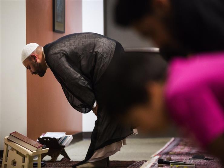 الإفتاء: الطمأنينة في الركوع فرض لا تصح الصلاة بدونها