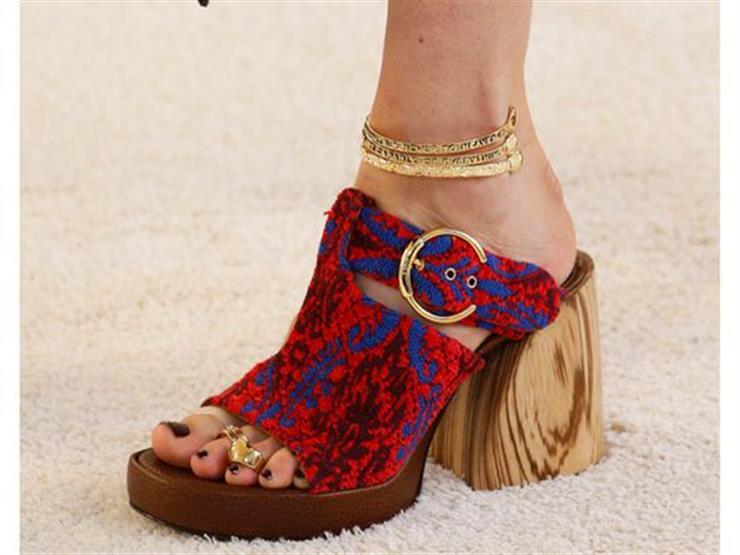 b3d08bc03ae82 تعرفي على أحدث صيحات الأحذية هذا الصيف