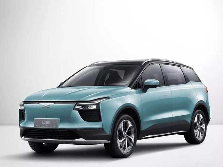 شركة صينية تكشف عن سيارة كهربائية يمكنها قطع 500 كلم بدون شحن