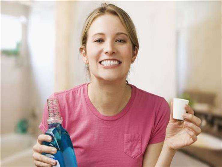 هل يؤثر غسول الفم على ضغط الدم؟