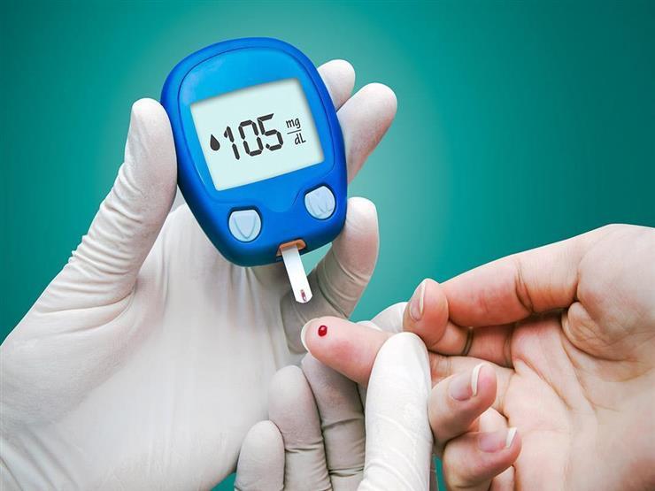 لمريض السكري.. كيف تتناول الحلويات بأمان؟