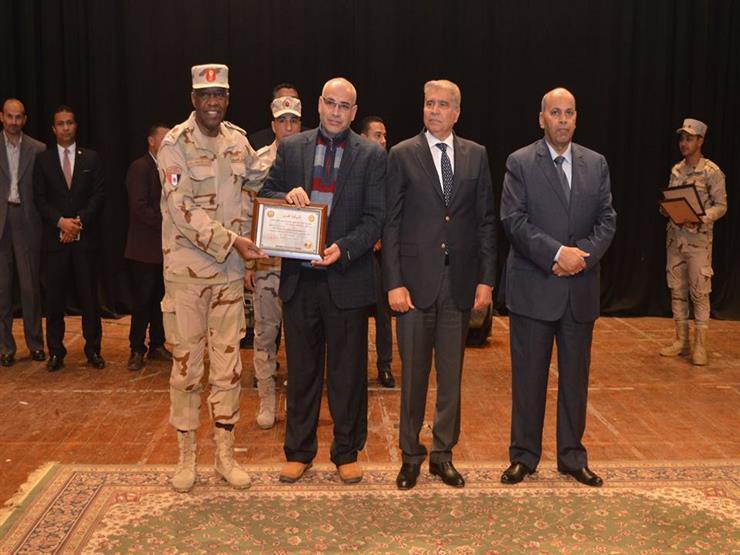 تكريم أسر شهداء ومصابي القوات المسلحة والشرطة بالقاهرة والمنيا (صور)