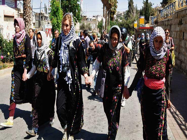 """الفلسطينيون في غزة يستعدون لجمعة""""المرأة الفلسطينية"""""""