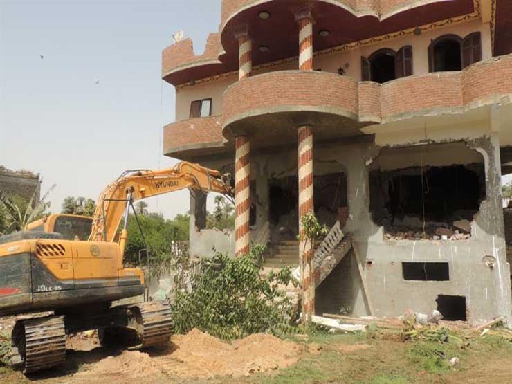 محافظ القاهرة: إزالة 40 مبنى مخالف بالشرابية والخليفة