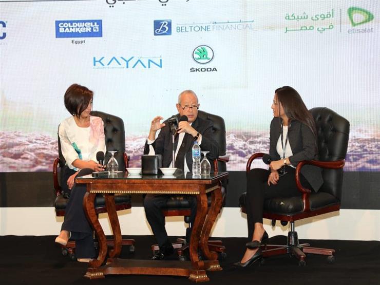 ساويرس يطالب المركزي بإنشاء بنوك لتمويل المشروعات الصغيرة والمتوسطة