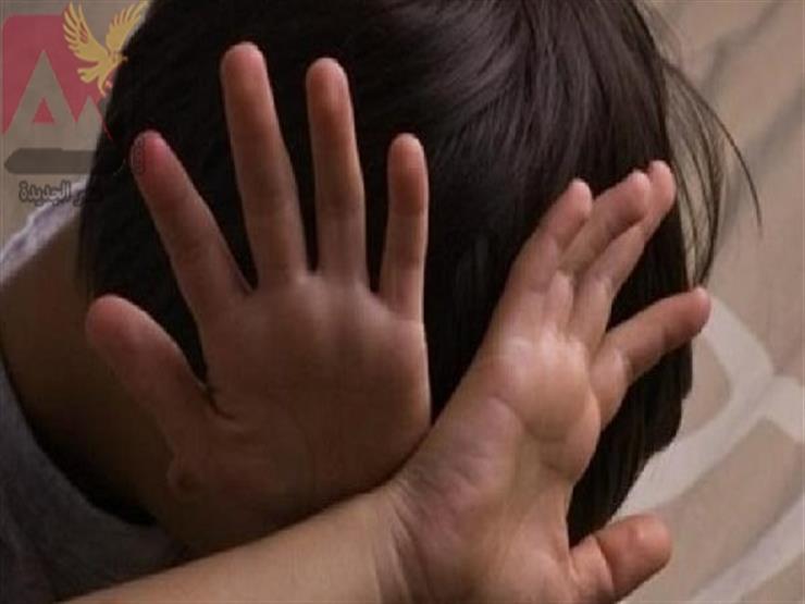 """""""تعالى نصلي العصر"""".. تاجر يغتصب طفلا خلف مسجد في الفيوم"""
