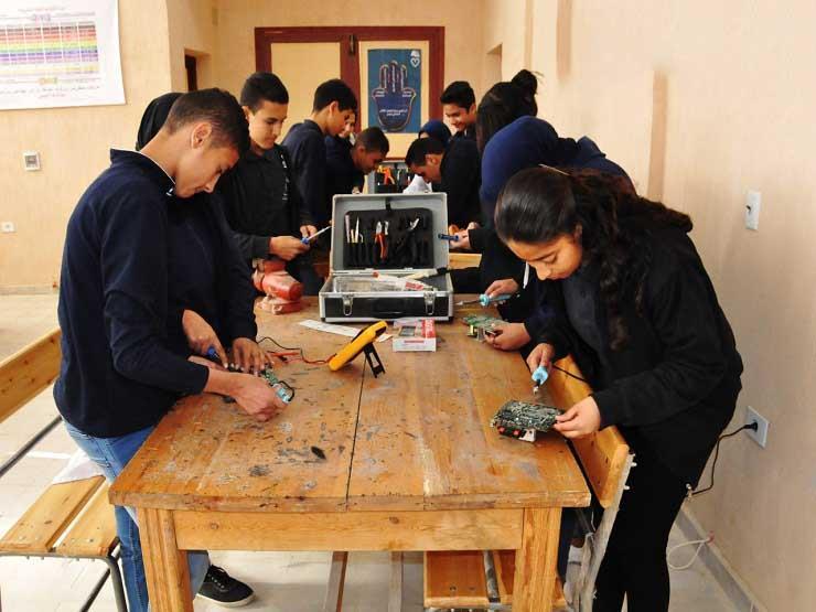 """""""التعليم"""" تعلن وظائف للمعلمين في مدرسة التكنولوجيا التطبيقية"""