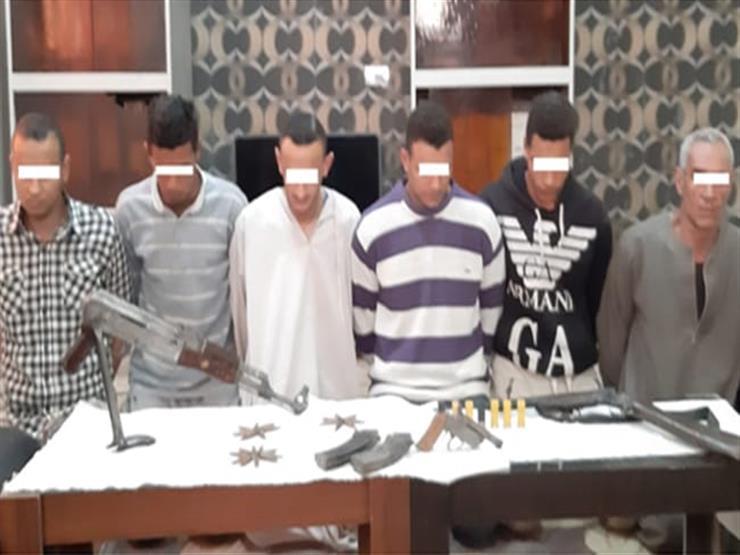 ضبط 6 مسلحين في مشاجرة بين عائلتين أسفرت عن مصرع مواطن في قنا
