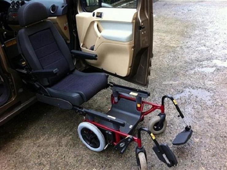 """كيف يمكن لأصحَّاء قيادة سيارات """"ذوي الاحتياجات"""" الخاصة بالقانون الجديد؟"""
