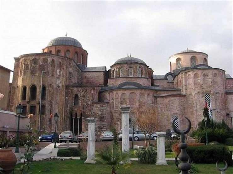 """من كنيسة ومدرسة إلى مسجد.. """"الملا زيرك"""" ثاني أكبر صرح ديني بيزنطي بإسطنبول"""