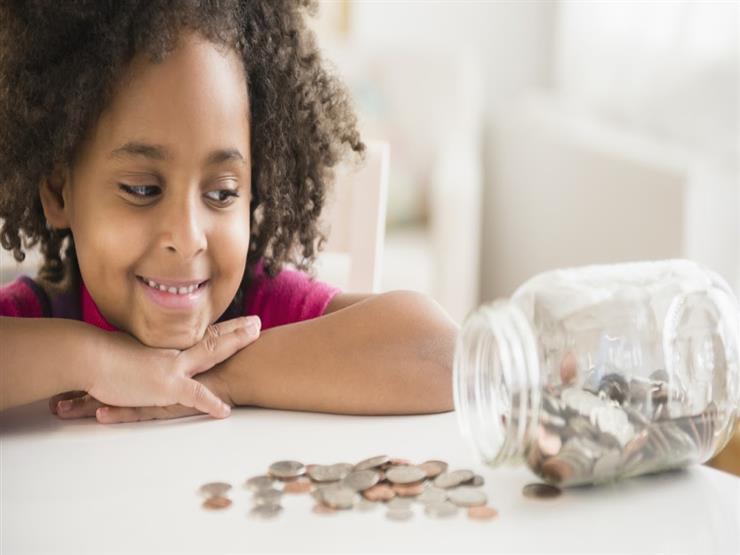 بـ5 خطوات يمكنك ادخار الأموال لتربية أطفالك