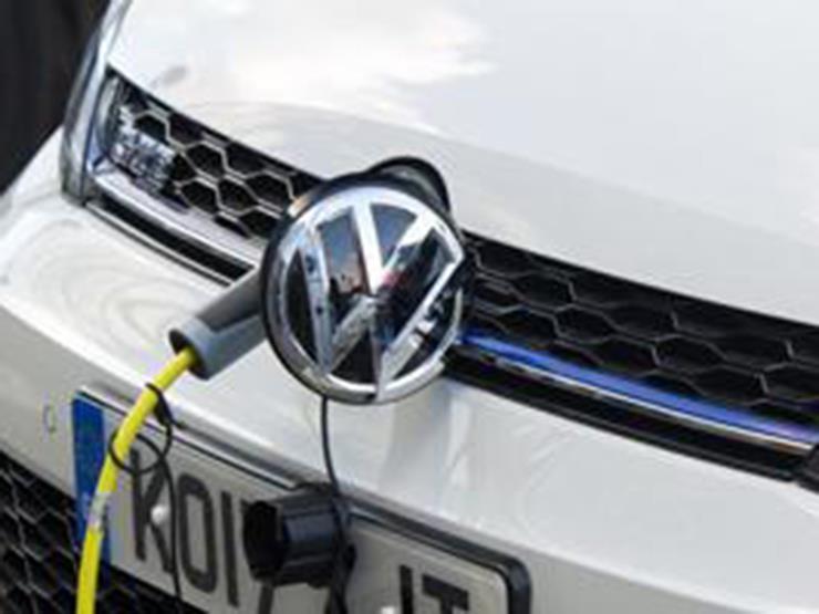 فولكس فاجن تطلق سيارة لمنافسة تيسلا X في أكبر سوق للسيارات بالعالم