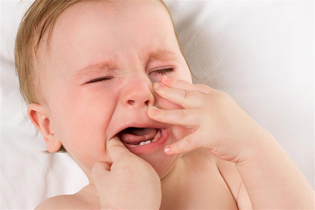 نتيجة بحث الصور عن طرق تخففين أوجاع طفلك اثناء التسنين