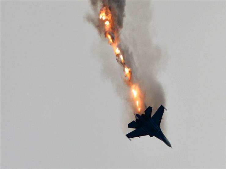 مقتل وإصابة خمسة أشخاص إثر سقوط طائرة حربية جنوب طرابلس