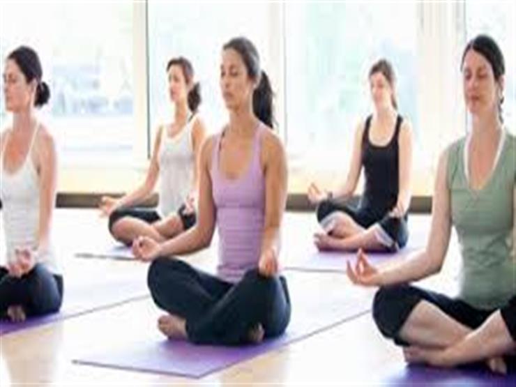 دراسة: اليوجا تساعد مرضى الشلل الرعاش
