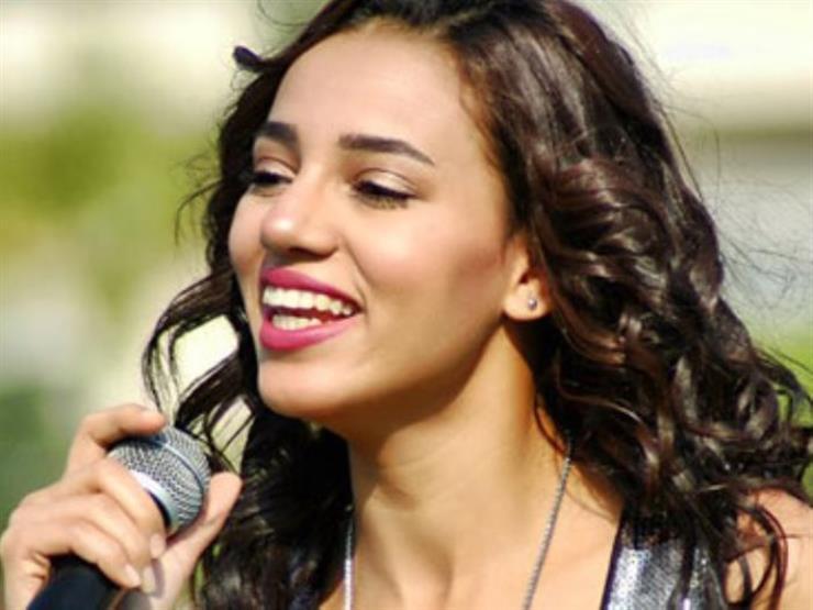 سمية درويش تغني في ساقية الصاوي 27 أبريل
