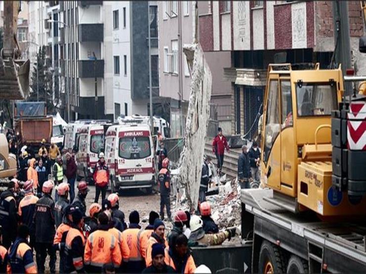وفاة 9 أشخاص في إنهيار مبنى غير مرخص في البرازيل