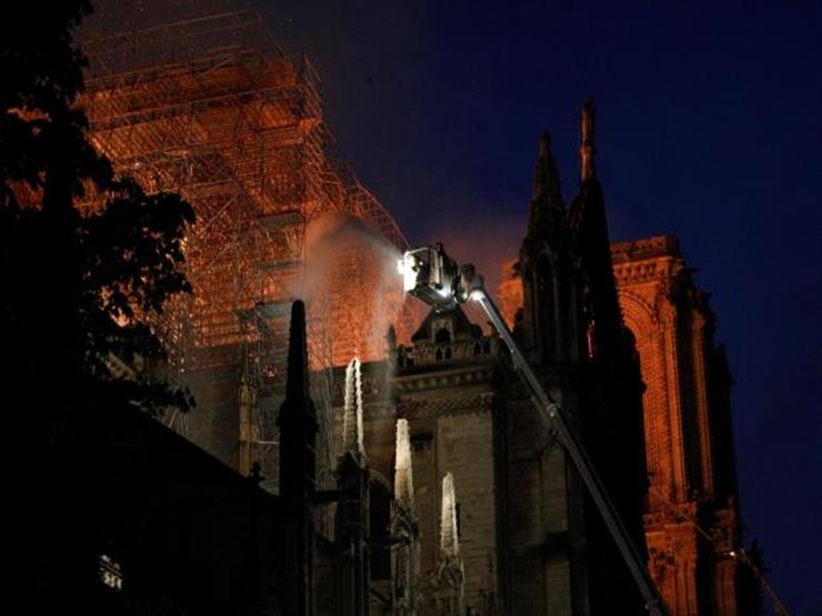 """""""يونسكو"""" عن حريق نوتردام: نقف إلى جانب فرنسا في حماية التراث"""