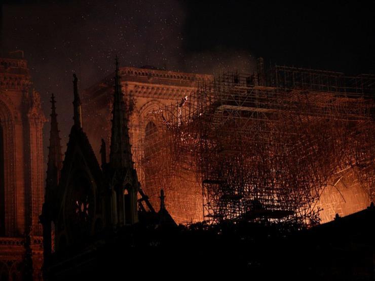 """مديرة اليونسكو تعليقًا على حادث """"نوتردام"""": قلب باريس يحترق"""