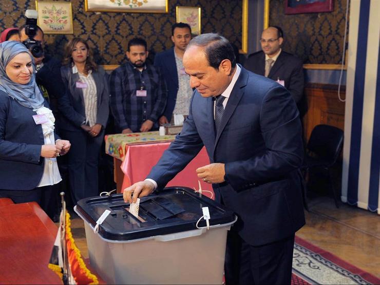 السيسي أول المصوتين في استفتاء تعديلات الدستور بمدرسة مصطفى عميرة