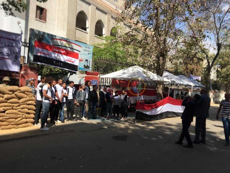 نائب محافظ القاهرة يتفقد لجان المعادي